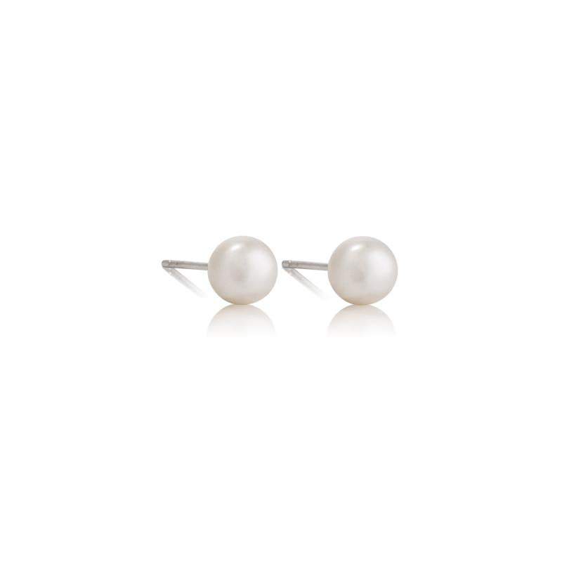 Pearl Studs - The Spirit of Boho