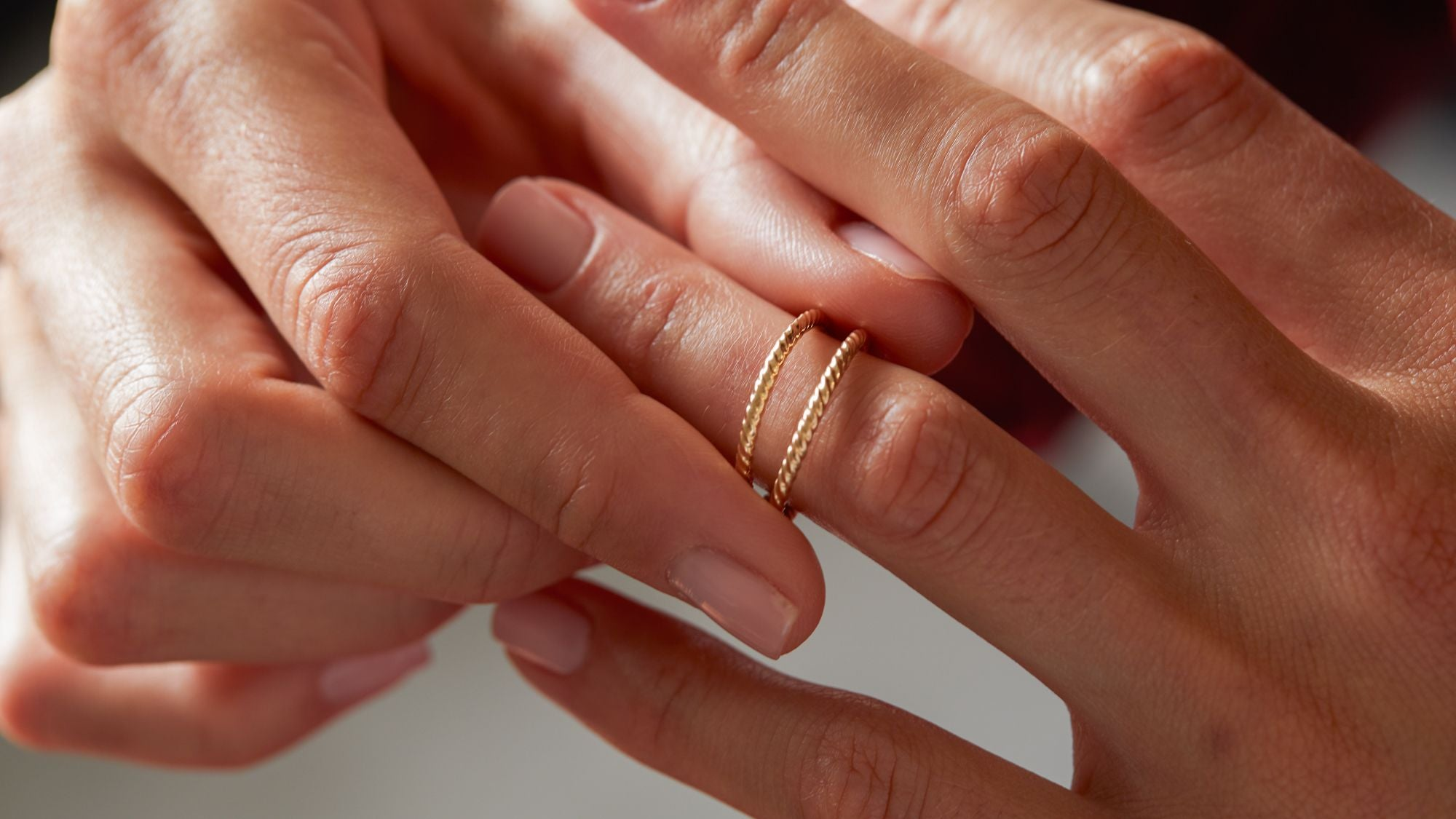 How to Measure Your Ring Size at Home