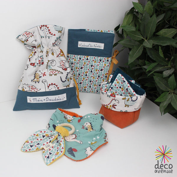 kit couture bébé collection dinosaures