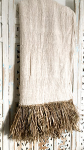 Nakoa Throw