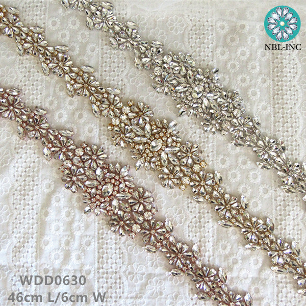 (30 pieces) Wholesale bridal sash hand beaded silver clear crystal rhinestone applique for wedding dresses sash belt WDD0630