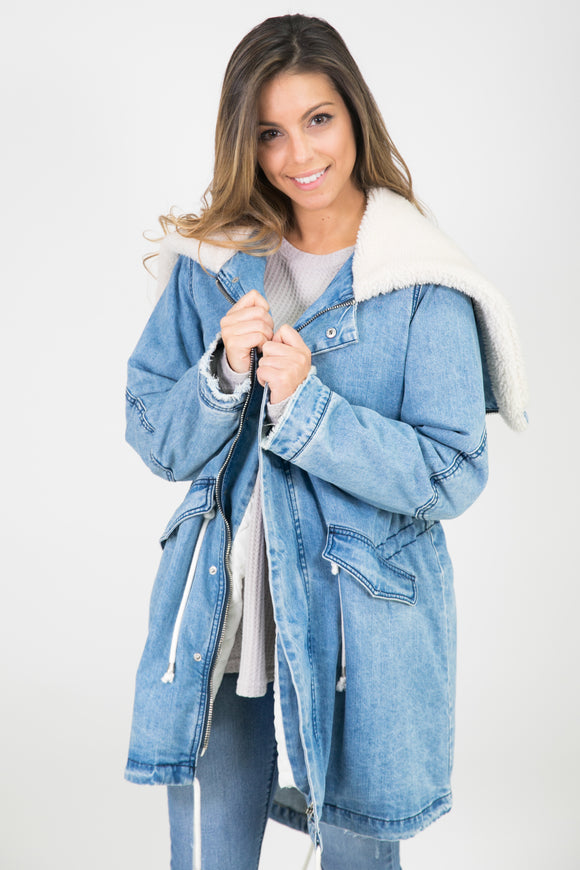 LIGHT DENIM DRAWSTRING JACKET