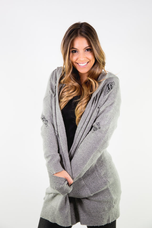 OVERSIZED DISTRESSED HOODED CARDIGAN
