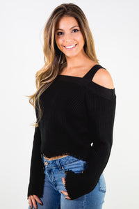 KNIT LONG SLEEVE CROP SWEATER WITH SCALLOP HEM