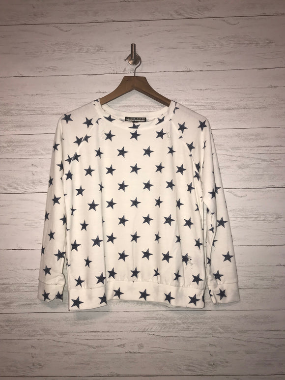 DISTRESSED STARS PULLOVER
