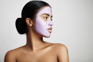 girl wearing ndc Beauty acai superfood face mask