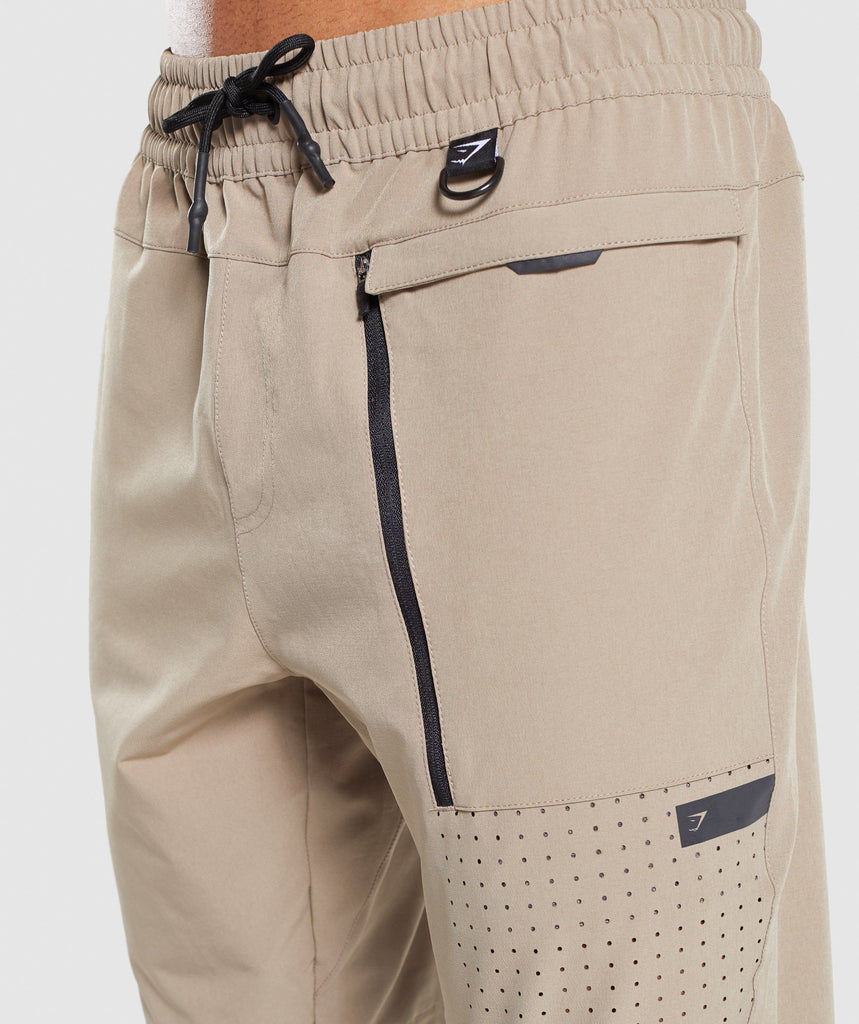 Gymshark Cargo Tech Bottoms - Driftwood Brown 5
