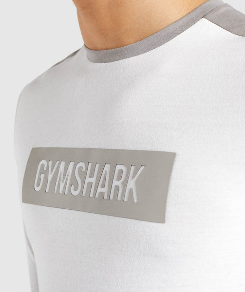 Gymshark Colour Block Central Logo Long Sleeve T-Shirt - Chalk White 4