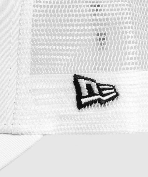 Gymshark New Era Mesh Trucker - White/Black 3