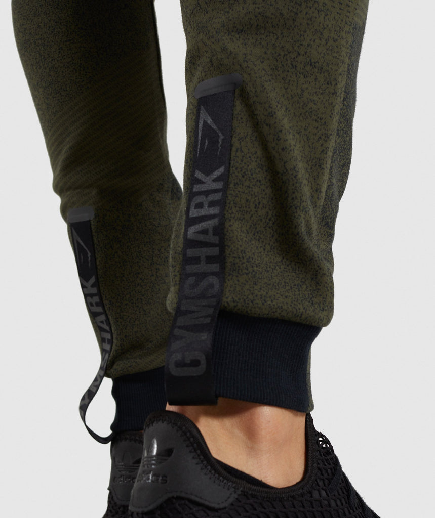 Gymshark Ultra Jacquard Joggers - Woodland Green 5
