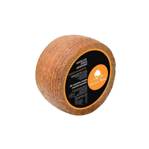Valle de los Molinos - Cured Manchego Sheep cheese with paprika from La Vera (cured 2 months) 1kg