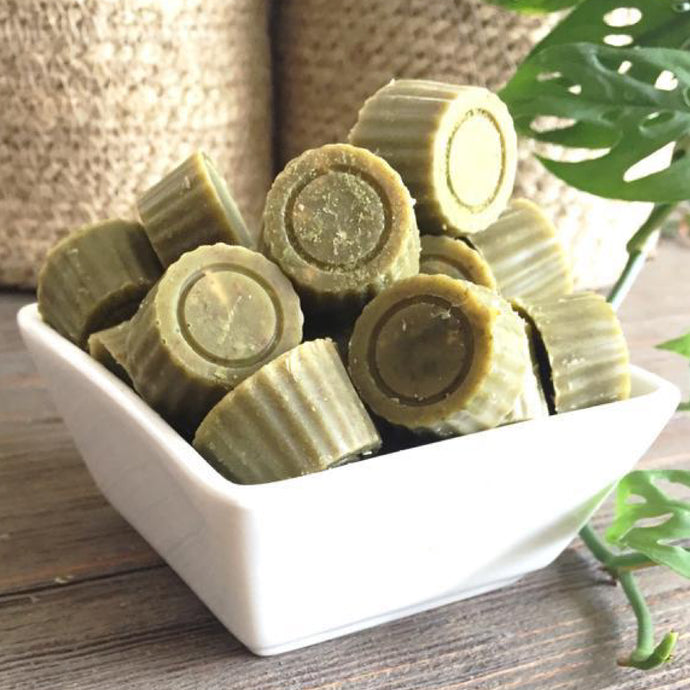 Cups de chocolate blanco con matcha