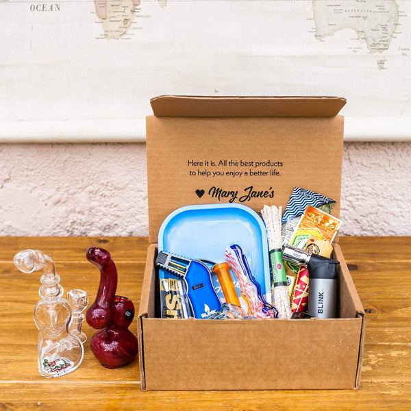 Buy Smokers accessory box smoking subscription box from Me Time Box Online! Read the best reviews from Me Time Box!