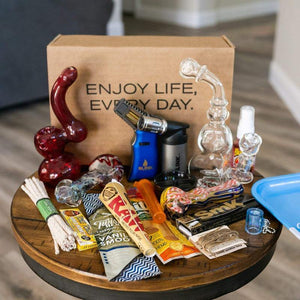 This smoking subscription box is highly rated from Me Time Box Products, home of the free glass pipe.
