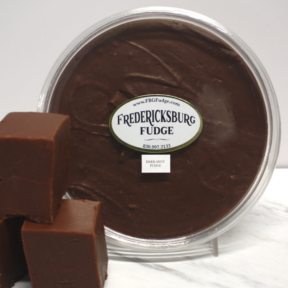 Dark Chocolate Mint Fudge (16 oz.)