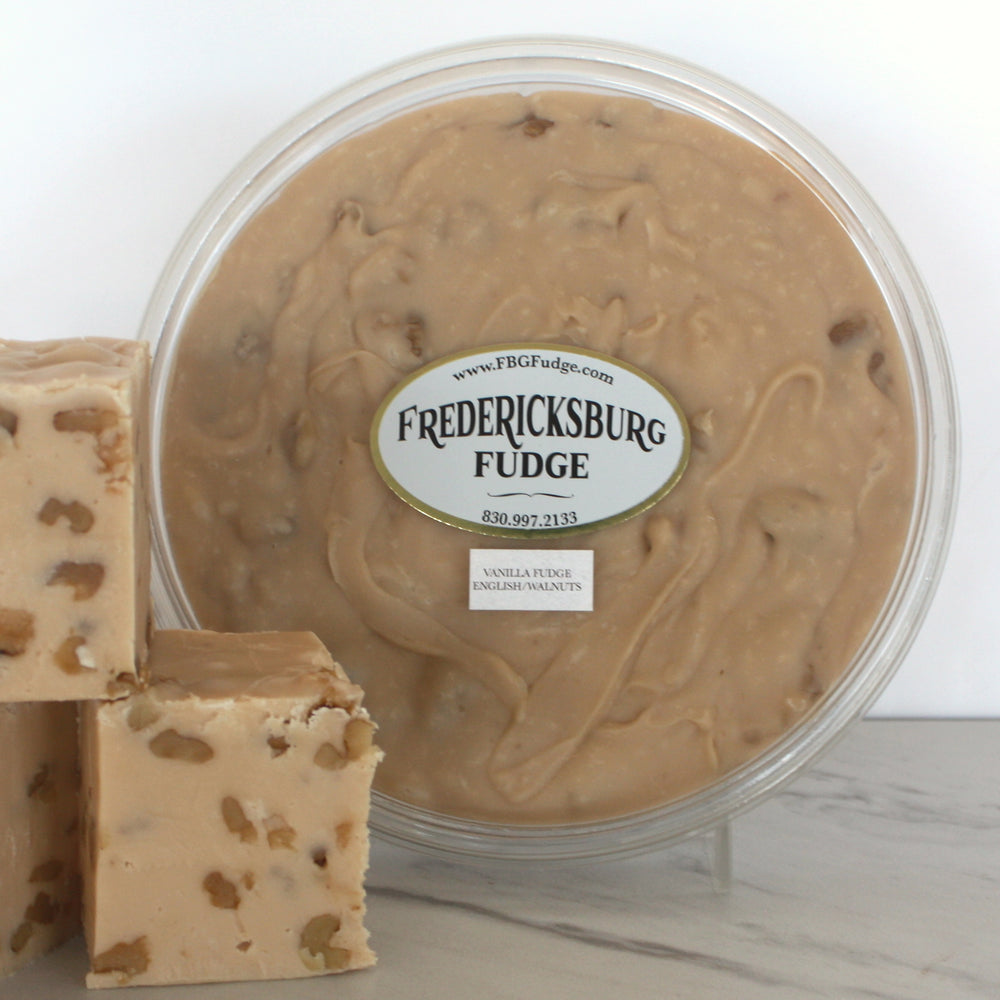 Vanilla Fudge w/Walnuts (16 oz.)