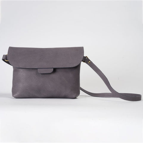 Lavender leather bag with long strap and magentic closure