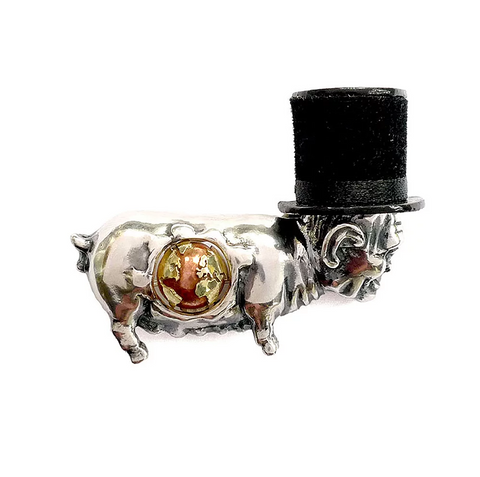 Metamorphosis of Swine Brooch