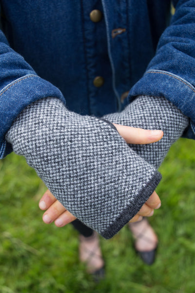 Woolly Charcoal and White Tweed Fairisle Handwarmers - IndependentBoutique.com