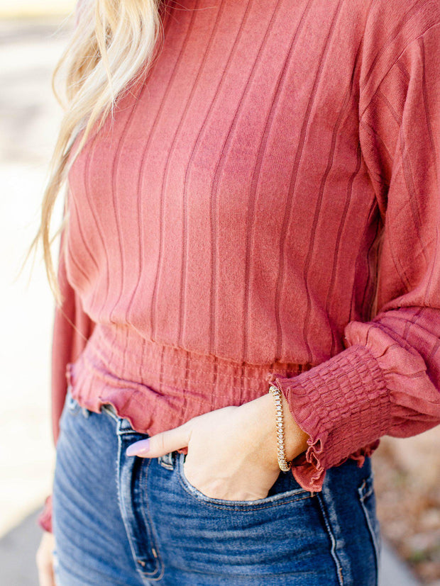smocked cuff ribbed top