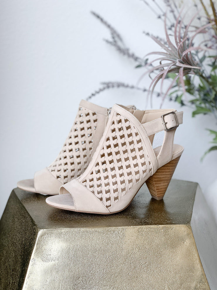 Vince Camuto Wedge