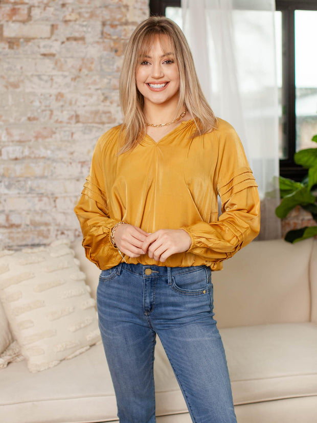 gold pleat sleeve blouse