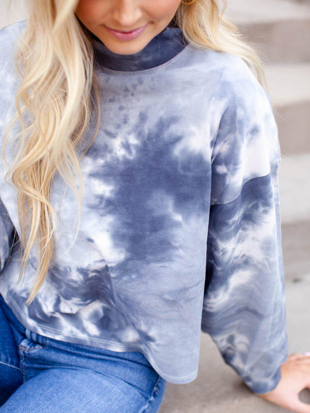 mock neck cropped tie dye top