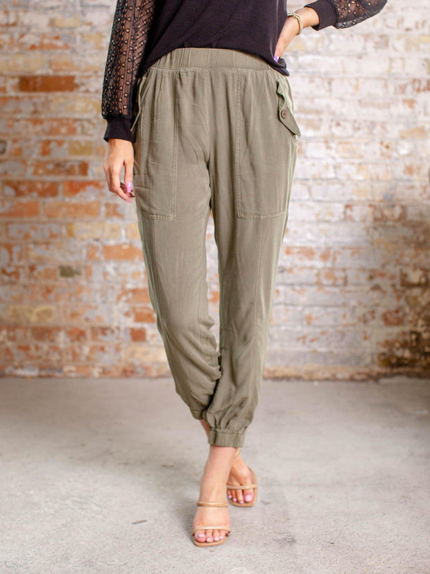 button pocket jogger