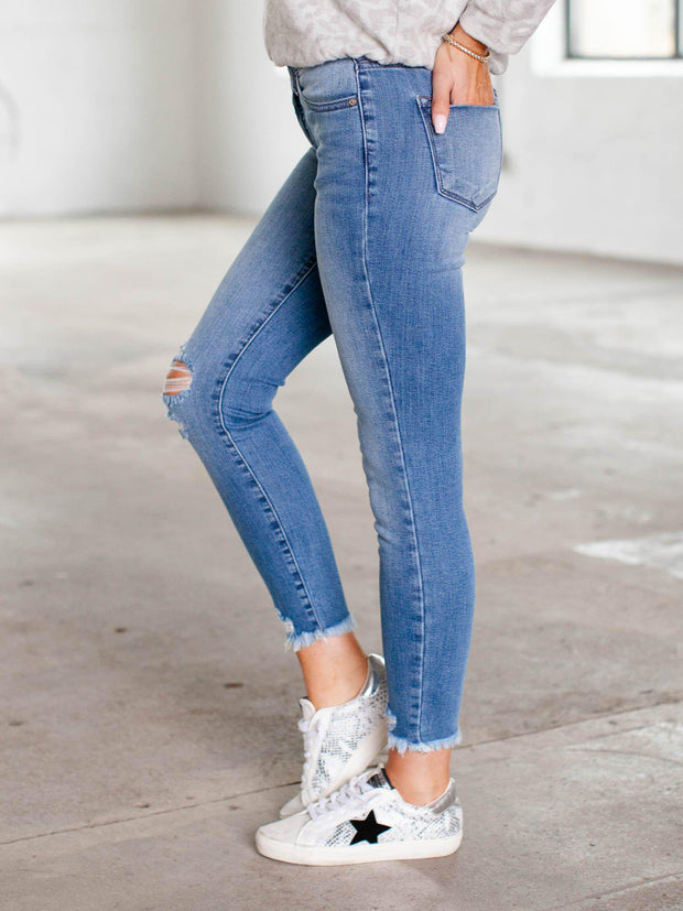 KanCan Knee destruct denim