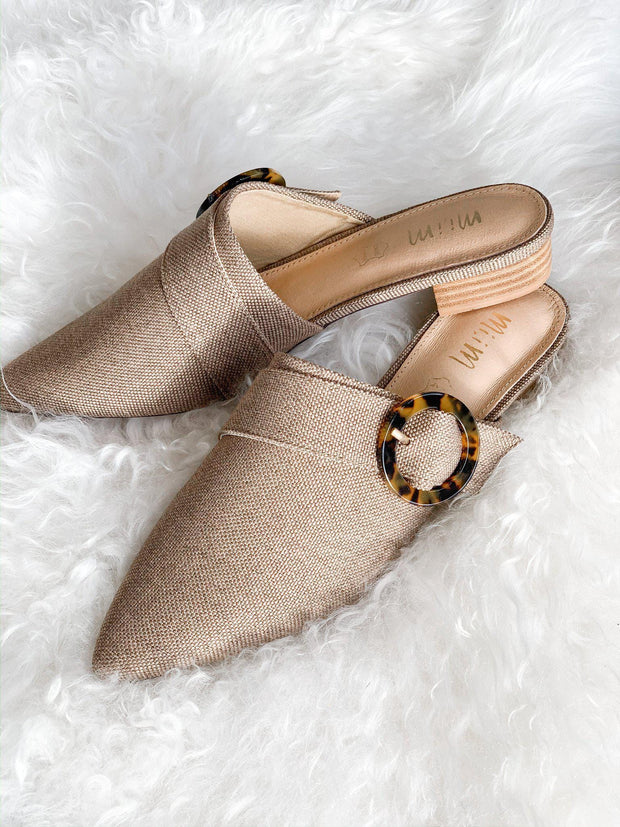 Tort Buckle Pointed Toe Mule