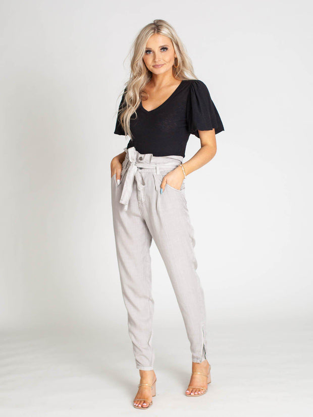 high waist tapered leg pant