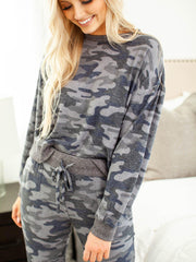 marled wash camo top