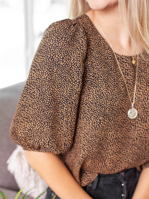 cropped puff sleeve top