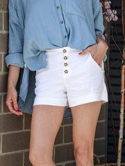 button front white short