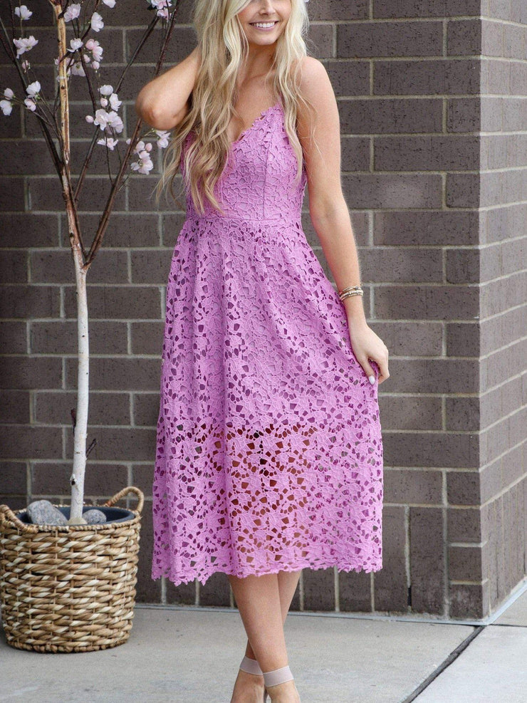 light orchid ASTR lace midi dress