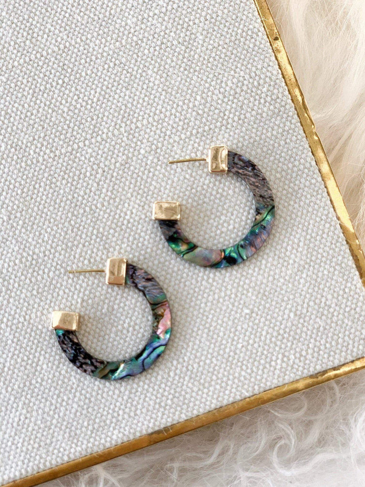 Metal Mother of Pearl accent Chunky Earring
