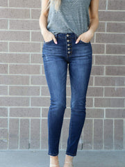 dark rinse high rise skinny jean