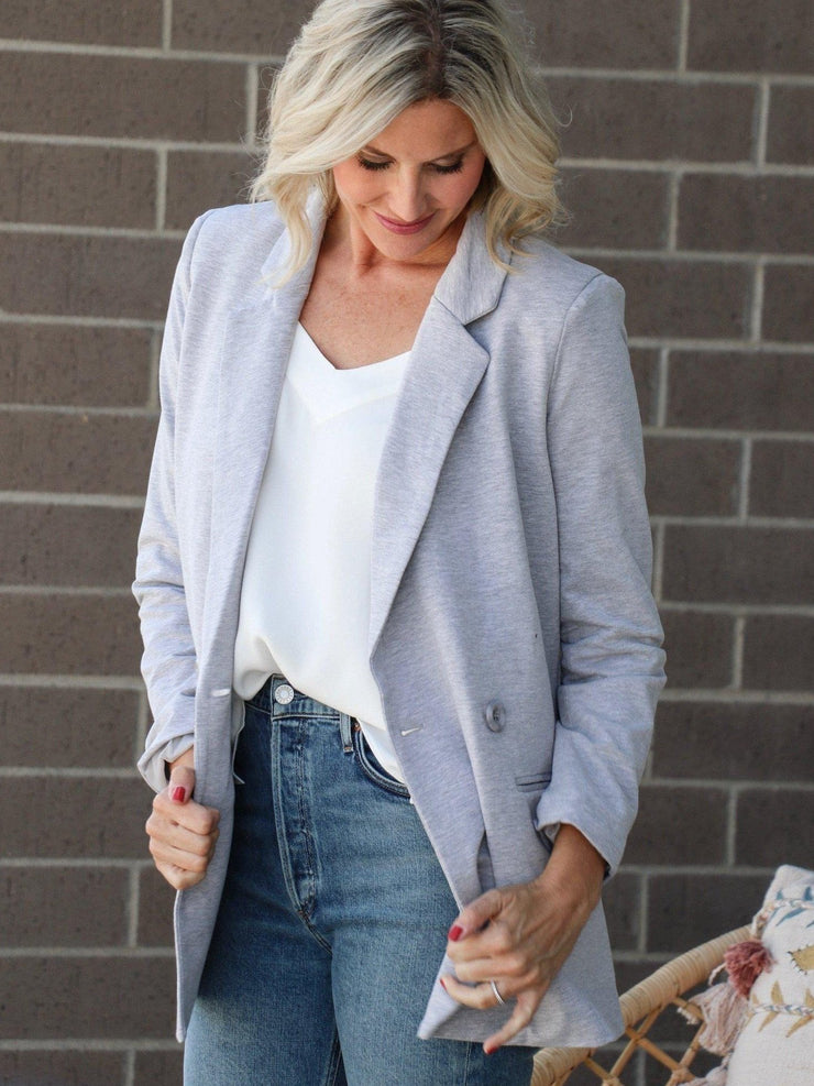 gray fitted knit blazer