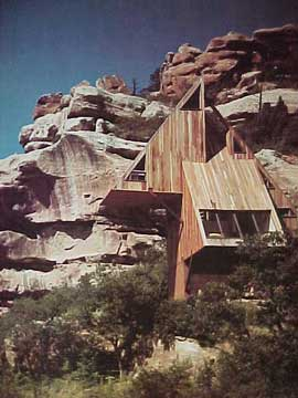 HOUSES OF THE WEST, ARCHITECTURAL RECORD (1979)
