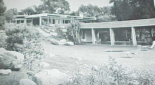 THE AMERICAN HOUSE TODAY, 85 NOTABLE EXAMPLES (1951)