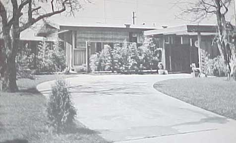 CARPORTS & GARAGES, A SUNSET BOOK (1964)