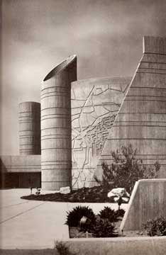 PHOTOGRAPHY OF ARCHITECTURE AND DESIGN BY JULIUS SHULMAN 1977