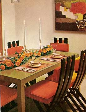 Better Homes and Gardens CREATIVE DECORATING on a budget. 1970