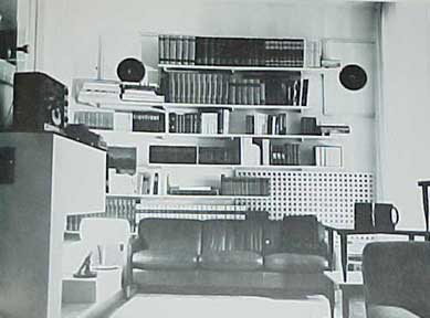 LIVING WITH BOOKS, BY Rita Reif, The New York Times. (1968)