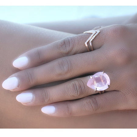 Delicate Rose Quartz Round Ring