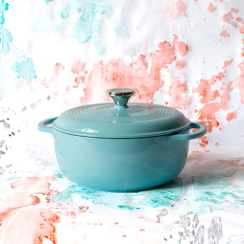 Image of Coastal Sky Collection 4.5 Quart Sea Breeze Enameled Cast Iron Dutch Oven