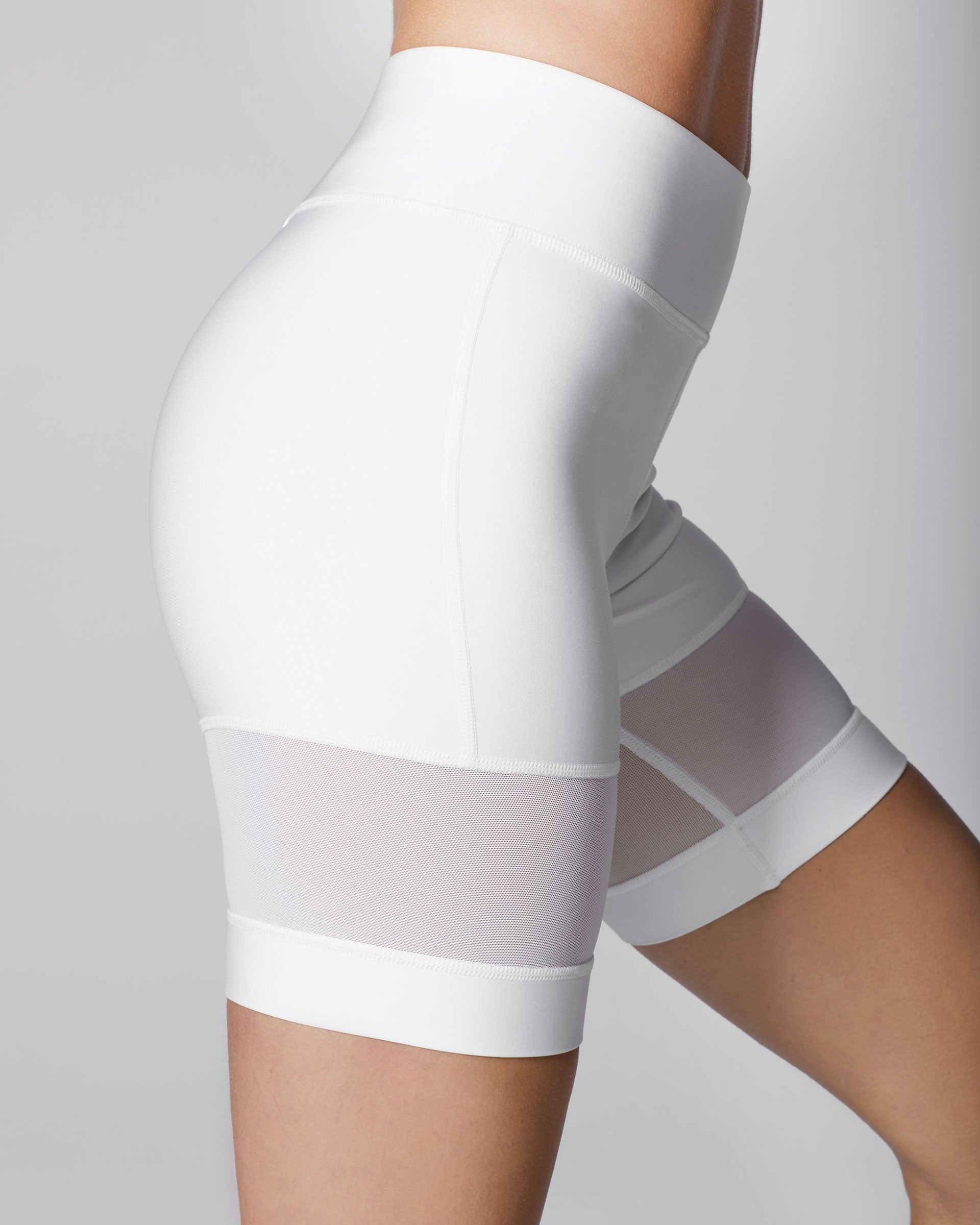 3-band-kinetic-short-white