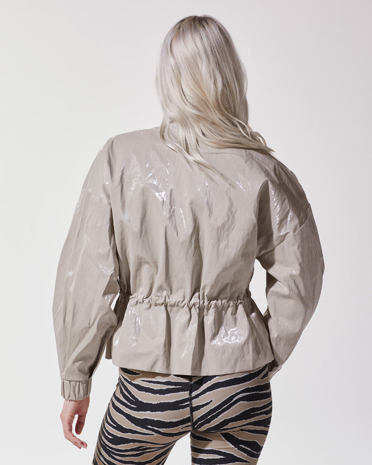 ares-jacket-golden