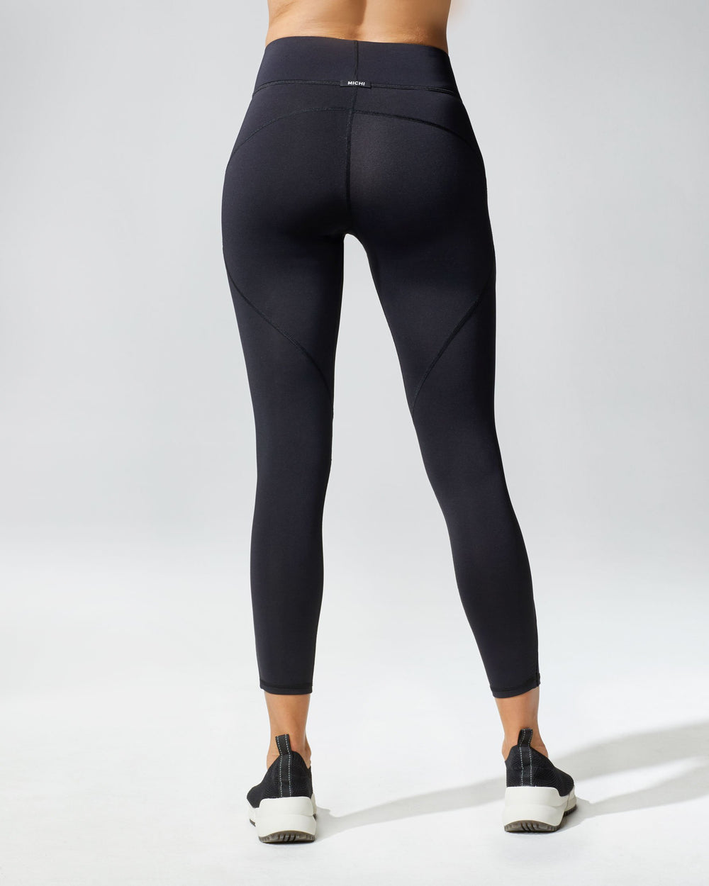 Axial Legging - Black