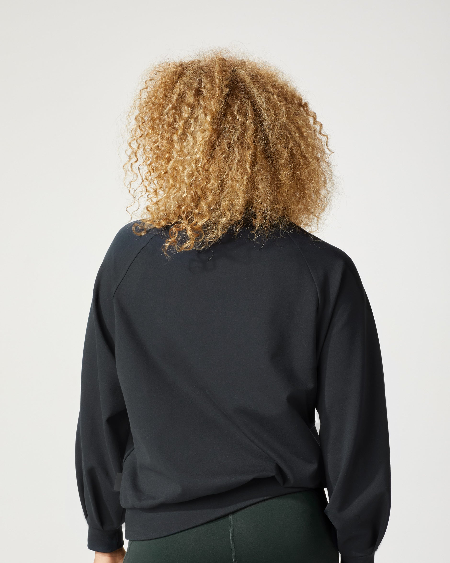 bass-sweatshirt-black